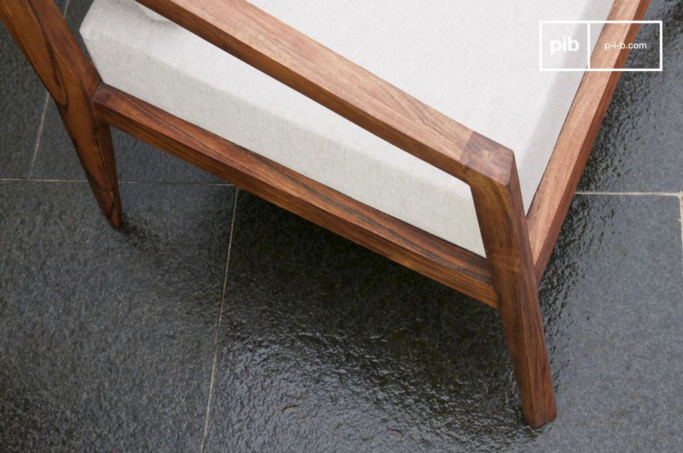 Le fauteuil Stockholm est un siège au design scandinave vintage diffusant un style unique dans