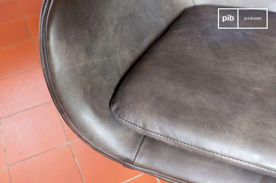 Le fauteuil Vintage Orchestra illustre bien l\'esprit du design mi-XXème