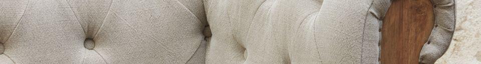 Mise en avant matière Grand Canapé Chesterfield Montaigu gris