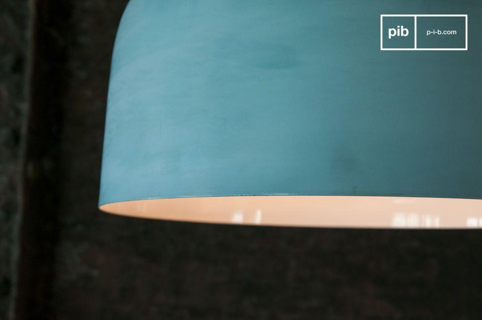 Offrez un design aux lignes épurées à votre intérieur avec la grande suspension Pexil