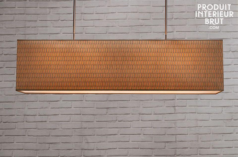 La lumière des 4 ampoules est diffusée en douceur par la partie basse à travers un une plaque