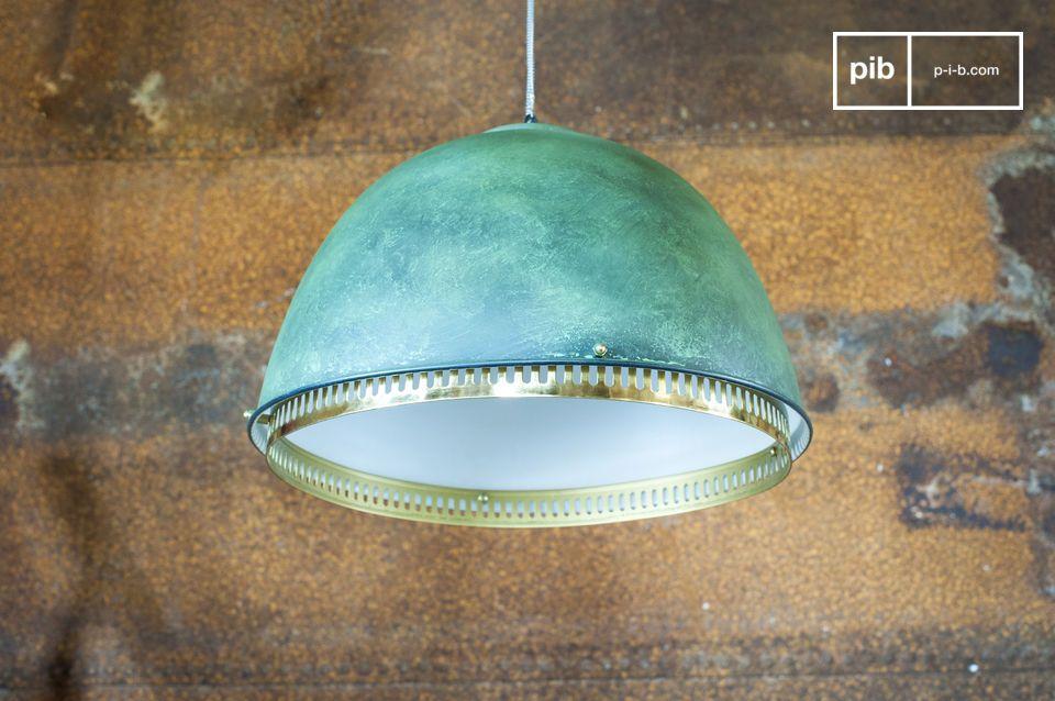 Une lampe suspendue néo industrielle d'une indéniable originalité