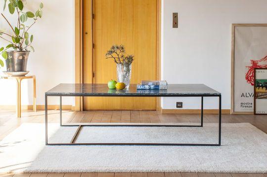 Grande table basse scandinave en marbre vert avedore