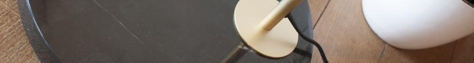 Mise en avant matière Lampadaire en laiton et marbre Mogens