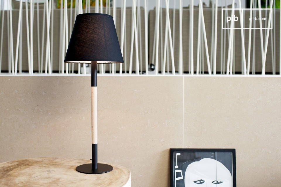 La lampe de table Palitö est un luminaire qui apportera une touche d\'élégance minimaliste à votre intérieur