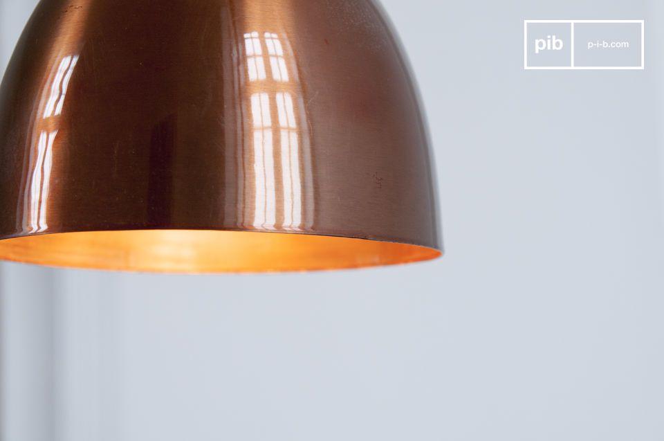 Sa jolie courbe fait référence au design scandinave du milieu du XXème siècle