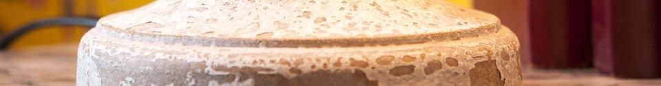 Mise en avant matière Lampe en bois Alix