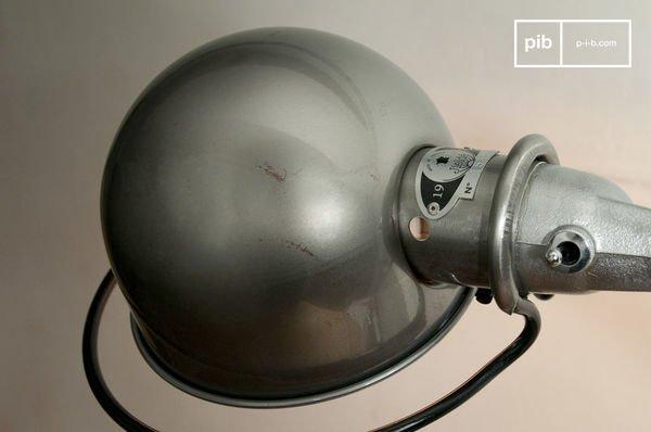 Lampe Jielde loft à étau detail1