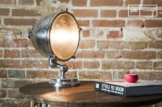 Lampe phare argentée XXL