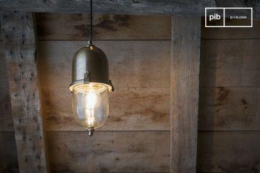 Lampe suspendue en laiton Kapsula