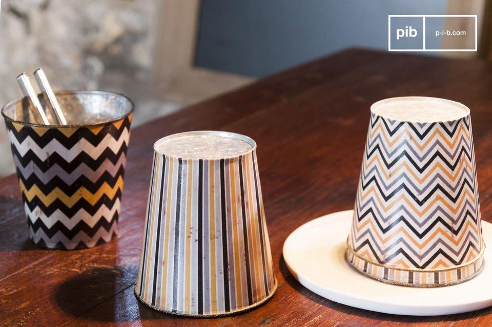 Les 4 caches-pots Adire sont de petits accessoires de décoration au style bohème séduisant