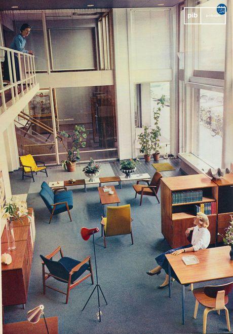 Les années 50 et 60 sont considérées comme l'âge d'or du mobilier et de la décoration intérieure - scan vintage