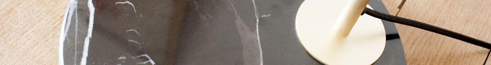 Mise en avant matière Liseuse en laiton et marbre Mogens