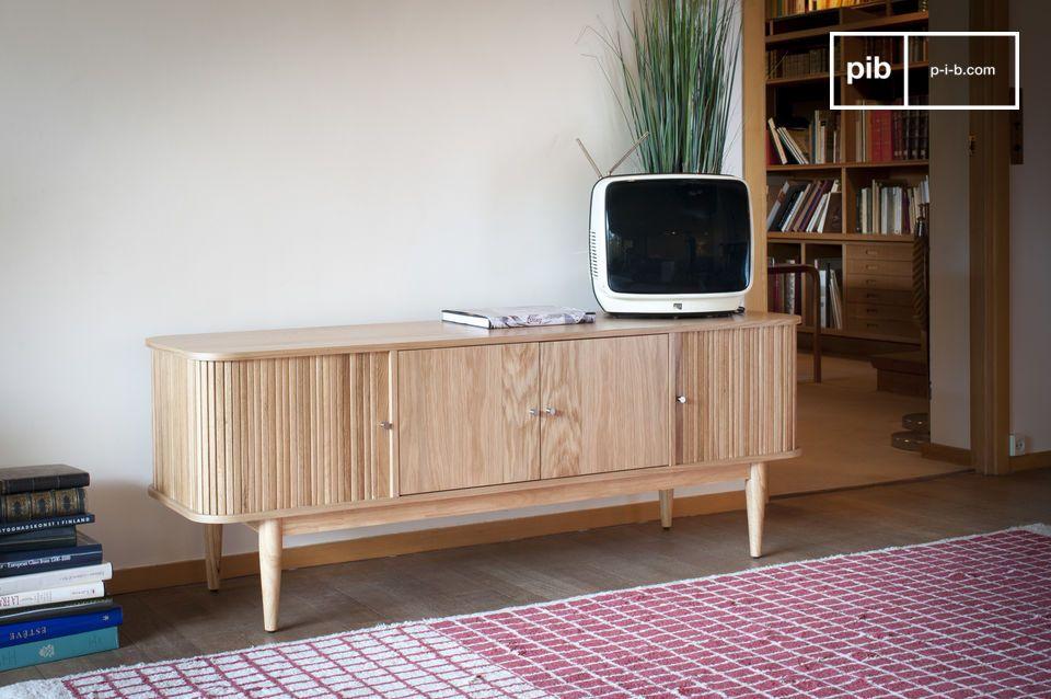 Le meuble tv bois Ritz associe une conception en bois clair