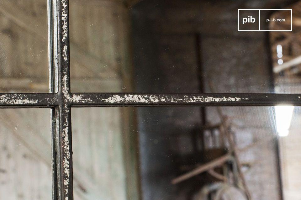 Miroir de style industriel pour une décoration murale vintage
