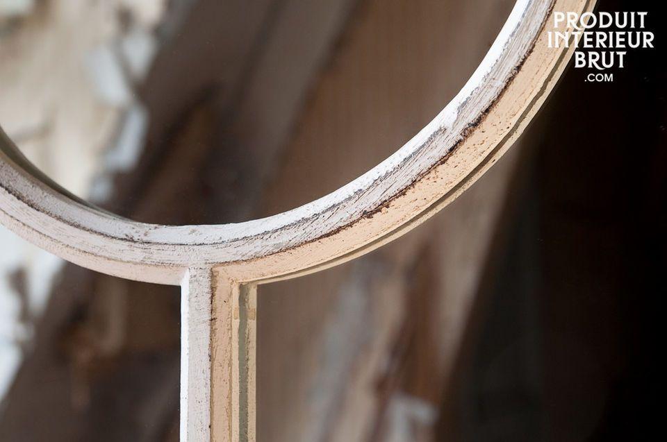 Un miroir qui trouvera sa place dans tous les styles d\'intérieurs