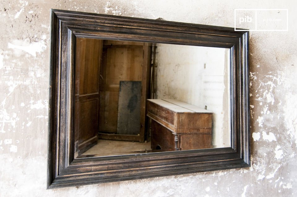 Le charme rétro d'un miroir ancien