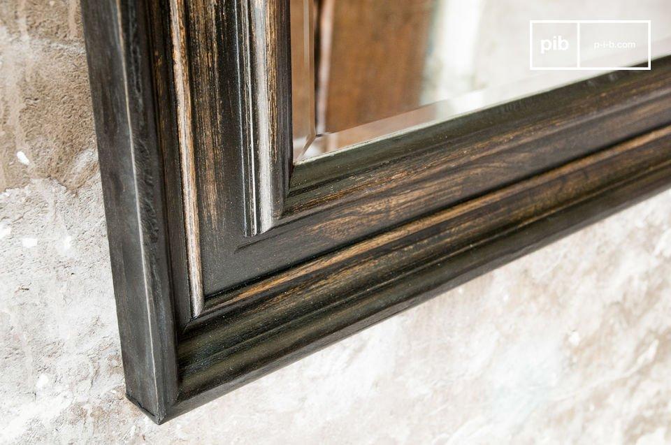 Le miroir Sigara est un accessoire de décoration pour vos murs qui va non seulement donner du