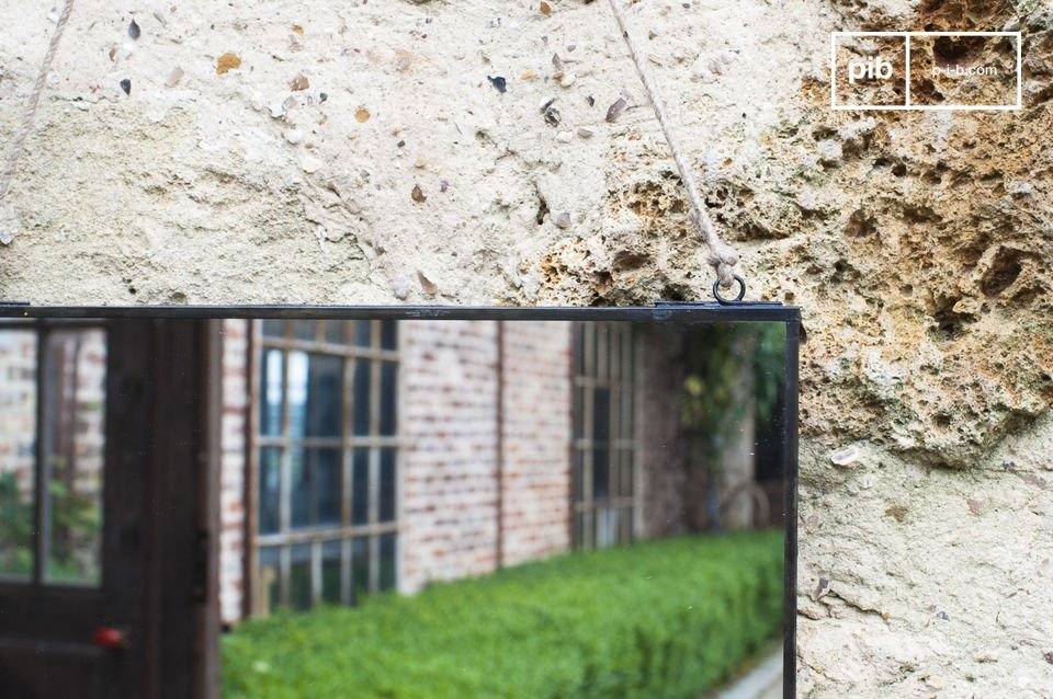 Miroir mural rectangulaire au design sobre et vintage