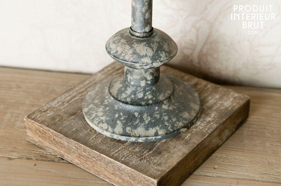 L\'ornement décoratif Dounâouy est un magnifique petit objet de décoration qui apportera une note