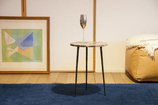 Petite table d'appoint en marbre Vilma