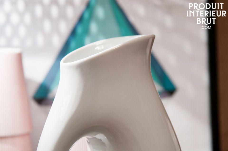 Un pichet ou vase au style scandinave sans pareil