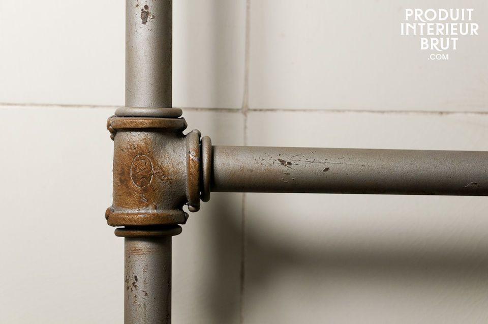 Optez pour un porte-serviettes qui participera au cachet de votre salle d\'eau !