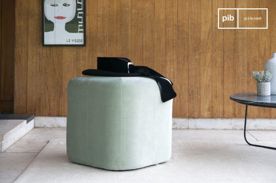 Pouf en velours vert Skagen