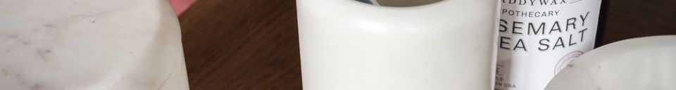 Mise en avant matière Récipient en marbre blanc Wäg
