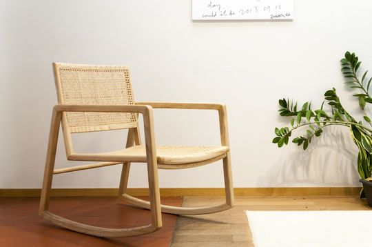 Rocking chair en cannage Aksel