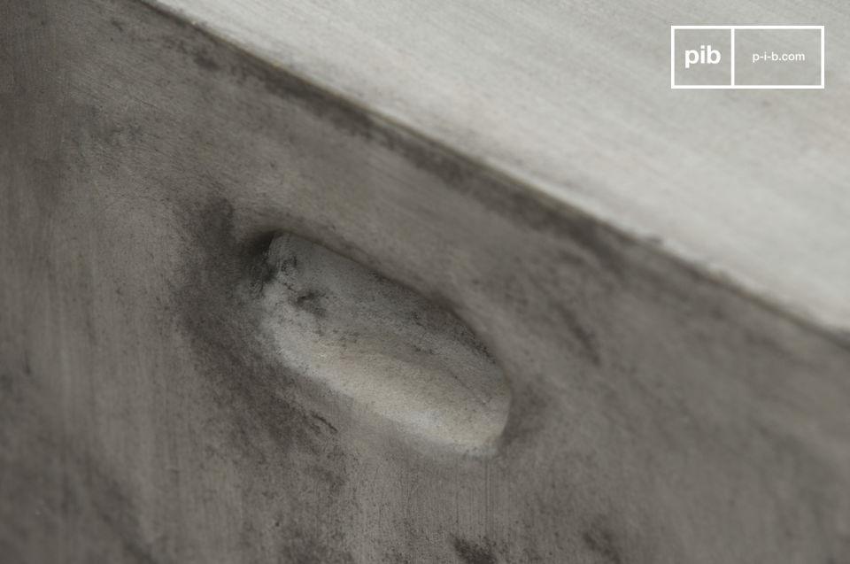 Tabouret ou table d'appoint au style 100% béton