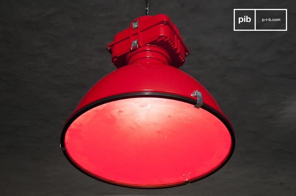 La suspension Dock est le nec plus ultra en matière de luminaire de style industriel