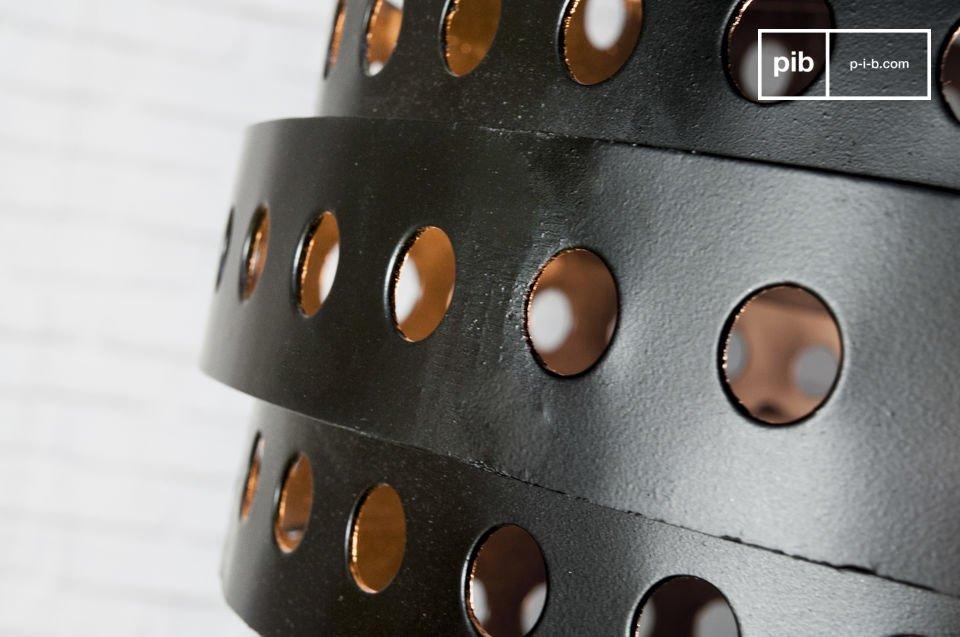 La suspensions Folane est un luminaire design qui apportera une lumière délicate à vos pièces