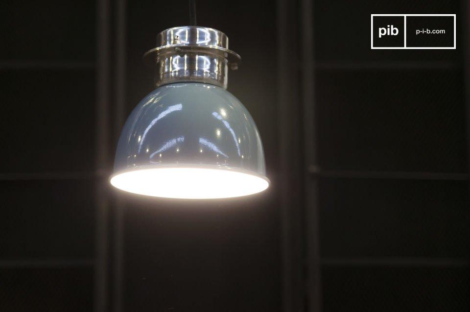 Une petite lampe retro 100% métal