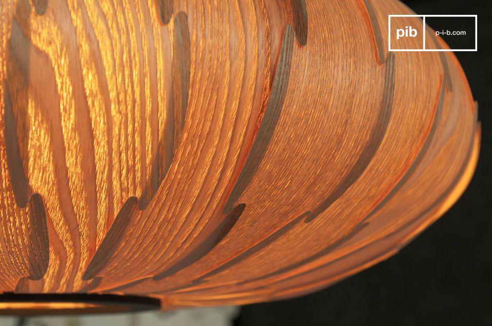 La suspension Gresskar est une lampe dotée d\'une ligne exceptionnelle inspirée du design nordique