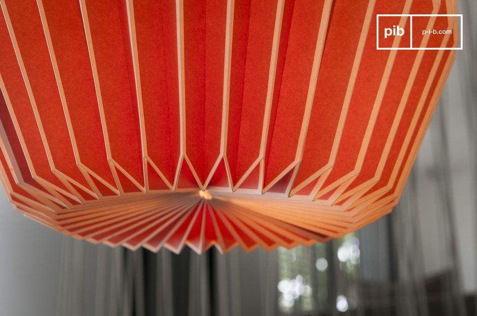 La légèreté d'un luminaire design graphique et coloré