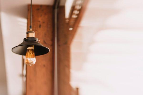 suspension industrielle disque ampoule apparente