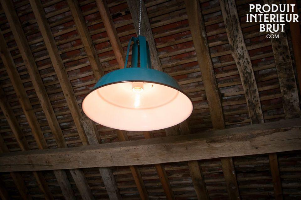 Associée à une ampoule déco à filament