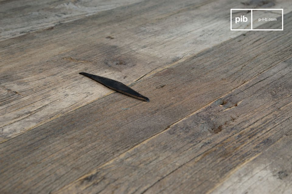 Grande table basse en bois  pour un salon au style vintage