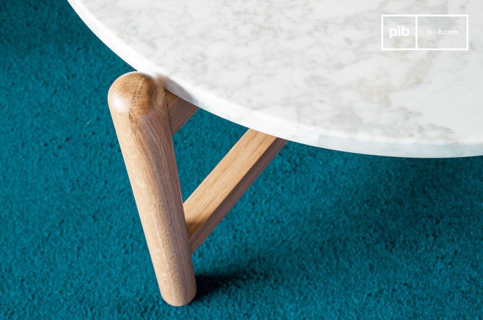 La douceur de formes rondes associées à des matériaux clairs