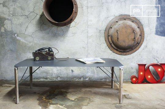 Table basse industrielle Bender