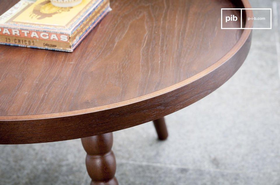 La table basse Katalina est un modèle plein de charme qui apportera une touche design néo-rétro