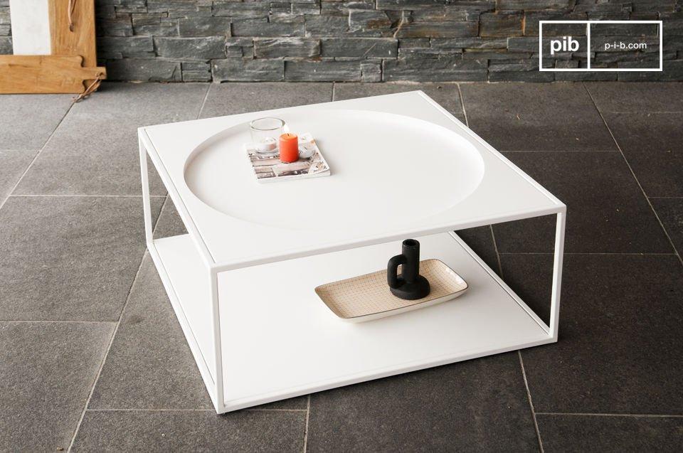 Affichant de magnifiques formes géométriques, c\'est une table basse dotée d\'une beauté minimaliste, sans fioritures