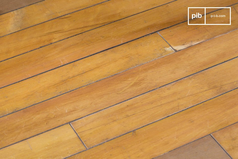 Bout de canapé ou table de salon compacte, réalisé à partir d'anciens parquets