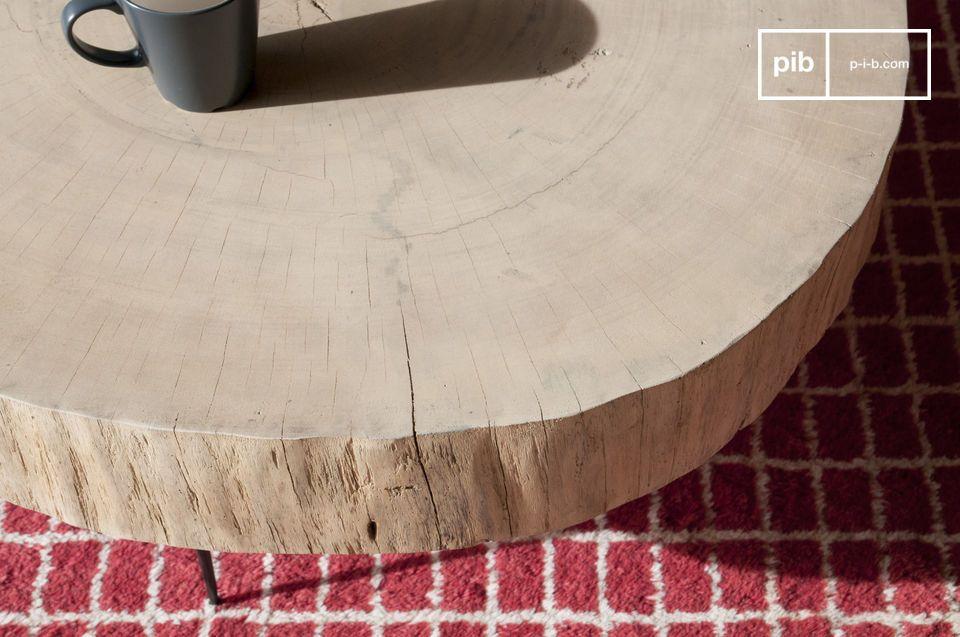 Une table basse organique et parfaitement singulière