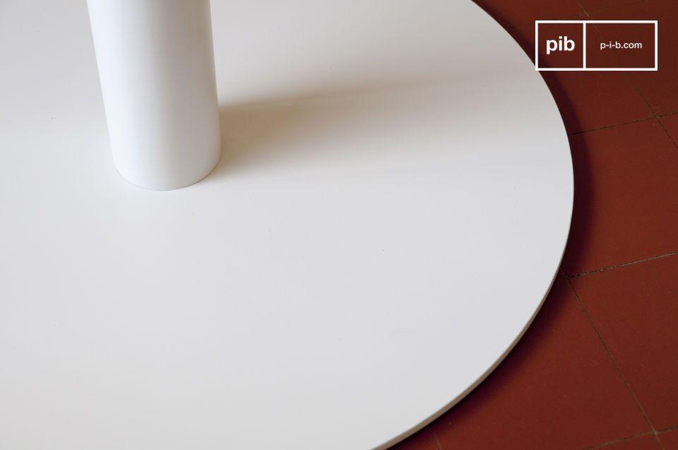 Table ou guéridon, ligne vintage élégante et style très épuré