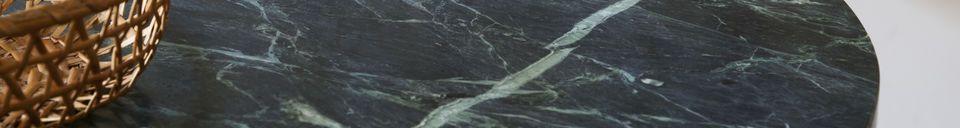 Mise en avant matière Table bistrot en marbre vert Lasby
