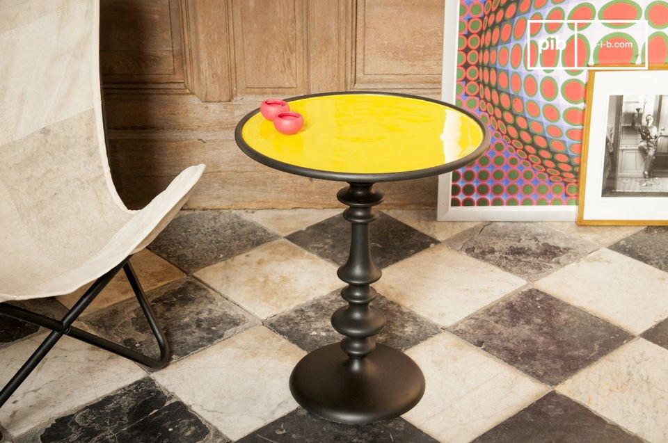La table d\'appoint Alice est un joli meuble qui contribuera à une déco tendance aux accents