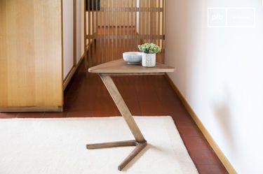 Table d'appoint en bois Fleetwood