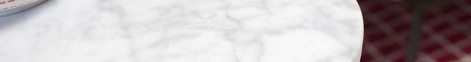 Mise en avant matière Table d'appoint en marbre Carrera
